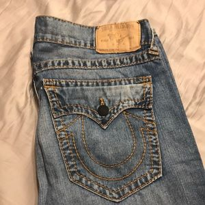 Men's True Religion jeans size 38. Straight leg.